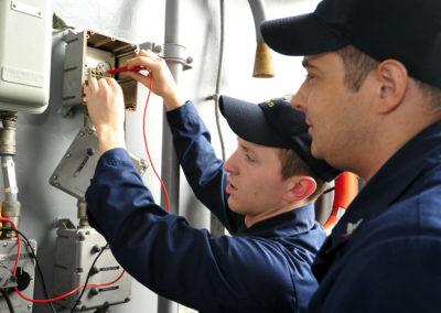 Technicien de travaux d'ascenseurs
