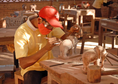 Sculpteur statuaire bois, Sculpteur sur bois, Sculpteur modeleur sur bois