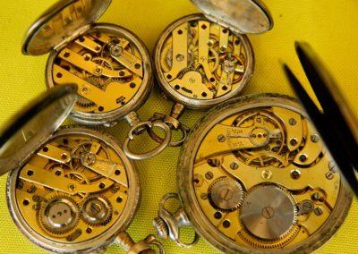 Monteur en systèmes horlogers
