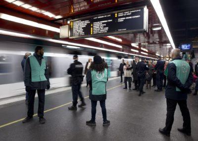 Agent de contrôle voyageurs métro, Agent commercial et de contrôle train