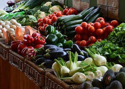 Vendeur (de fruits et légumes, de primeurs, en alimentation générale, en boucherie, en boucherie-charcuterie)