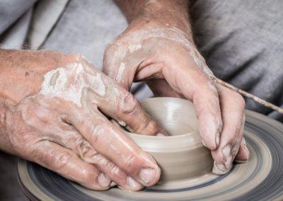 Tourneur en poterie