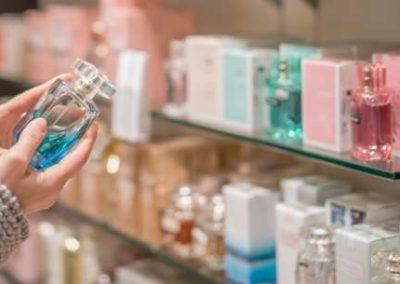 Vendeur en (optique lunetterie, orfèvrerie-joaillerie, parapharmacie, parfumerie)