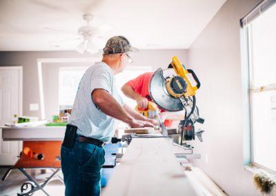 Témoignage : passer d'ingénieur à charpentier, c'est possible !